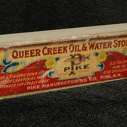 Queer Creek 1 Label